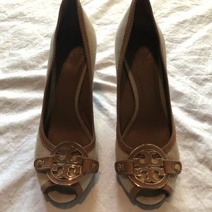 Tory Burch Linen Wedge 10.5